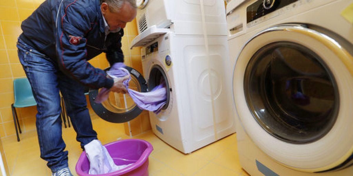Inauguran lavandería gratuita para indigentes en El Vaticano