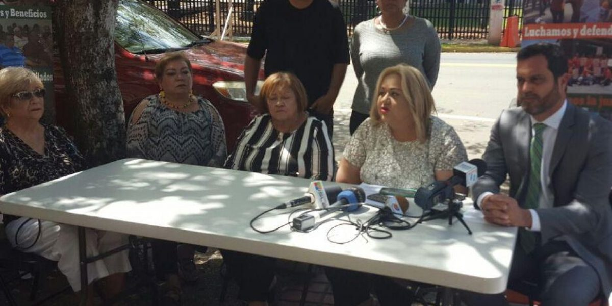 Sindicato demanda a la Junta y el Gobierno de P.R.