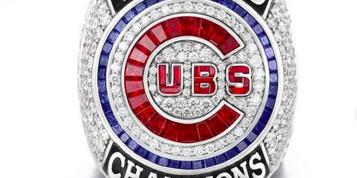 108 diamantes en sortija de campeonato de los Cubs