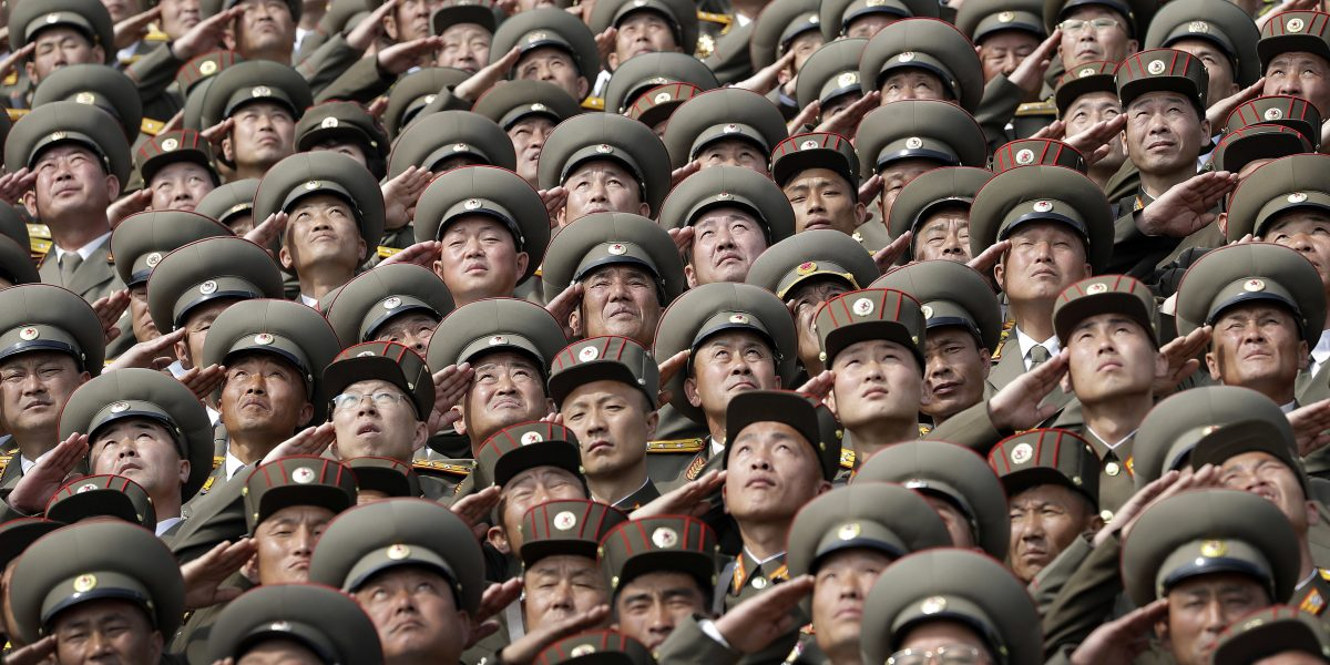 Corea del Norte muestra su poder militar