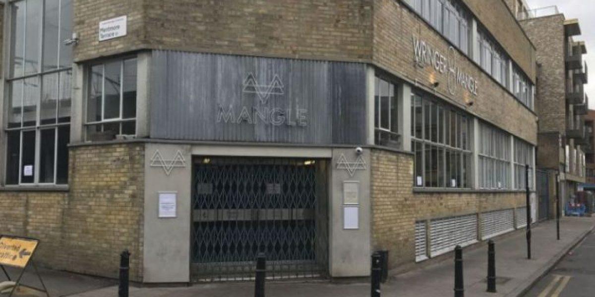 Ataque con ácido afecta a 12 personas en club de Londres