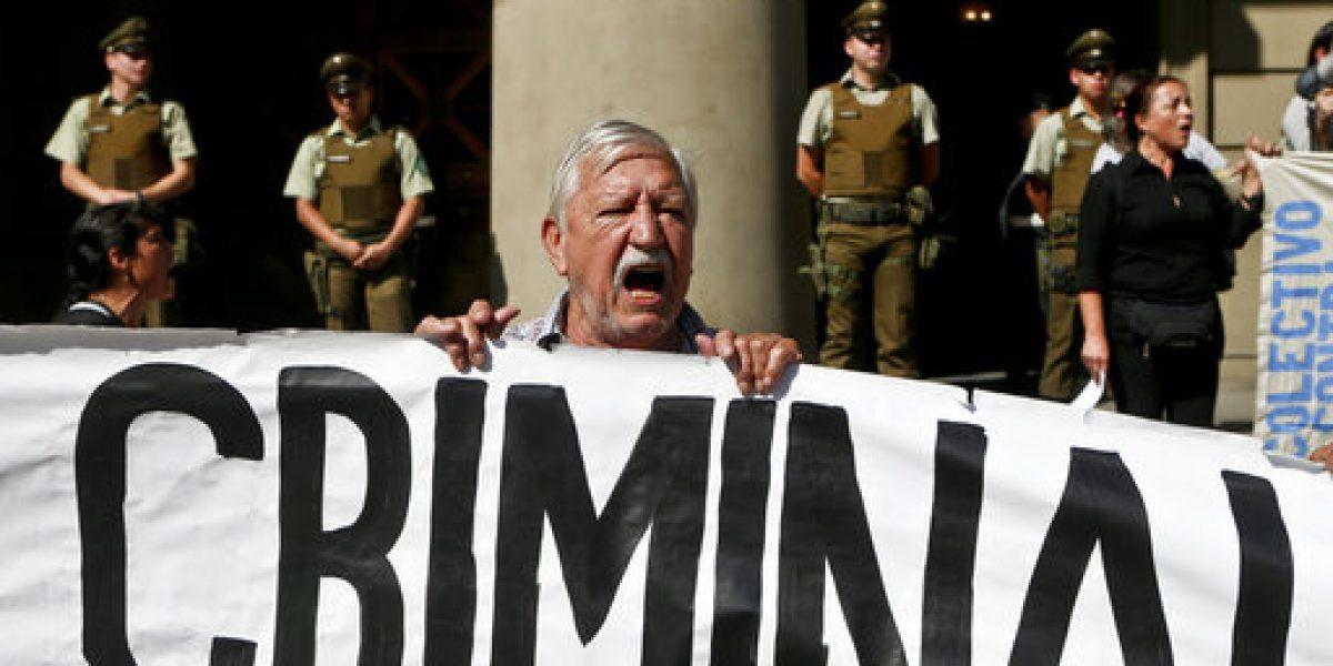 Detienen a exjefe de seguridad de Pinochet por torturas
