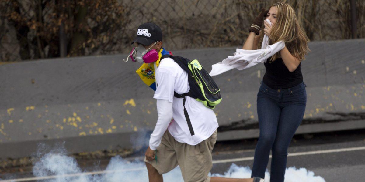 Aseguran es momento de presionar a Maduro por escasez en Venezuela
