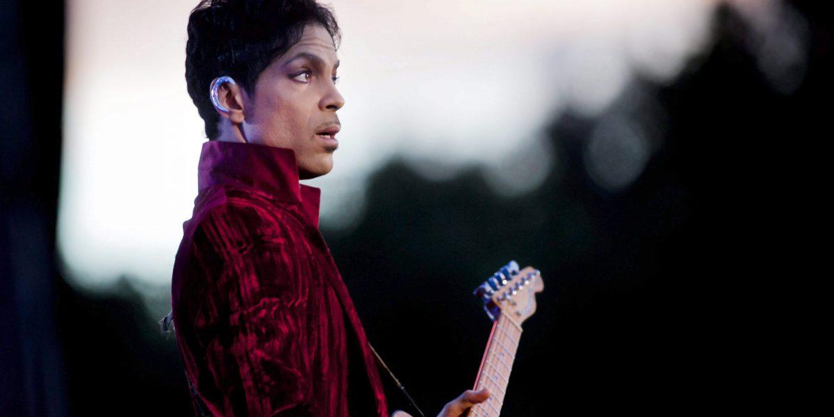 Nuevo disco de Prince llega a un año de su deceso