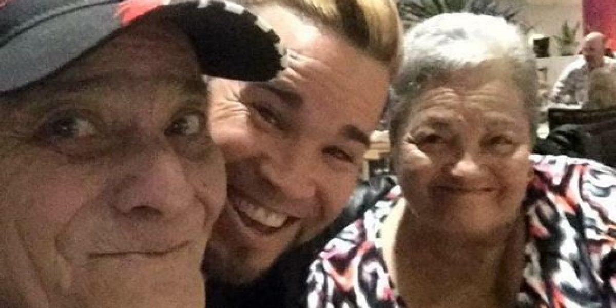 Josué Barreto llora la muerte de sus padres