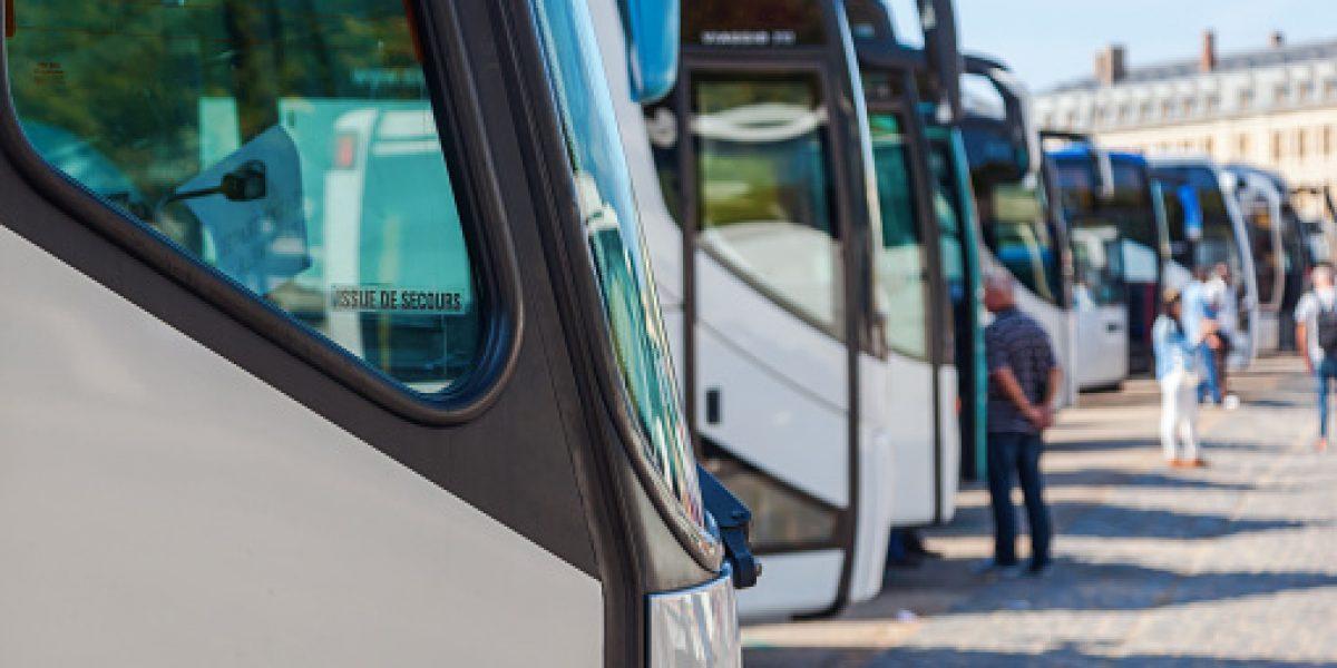 Transportistas denuncian supuesto patrón de persecución