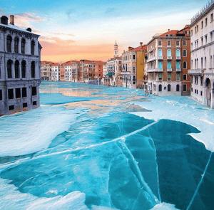 Se congelaron los canales de Venecia
