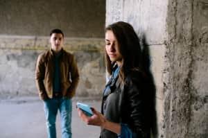 6 señales que indican que tu chica no ha superado a su ex