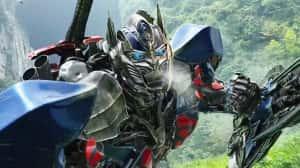 Si Bumblebee tiene éxito, podríamos recibir un spin-off de Optimus Prime