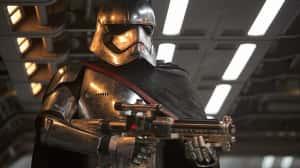 Se revelan nuevos detalles y una nueva arma para Captain Phasma en The Last Jedi