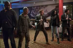 El póster de The Defenders une a los héroes de Netflix