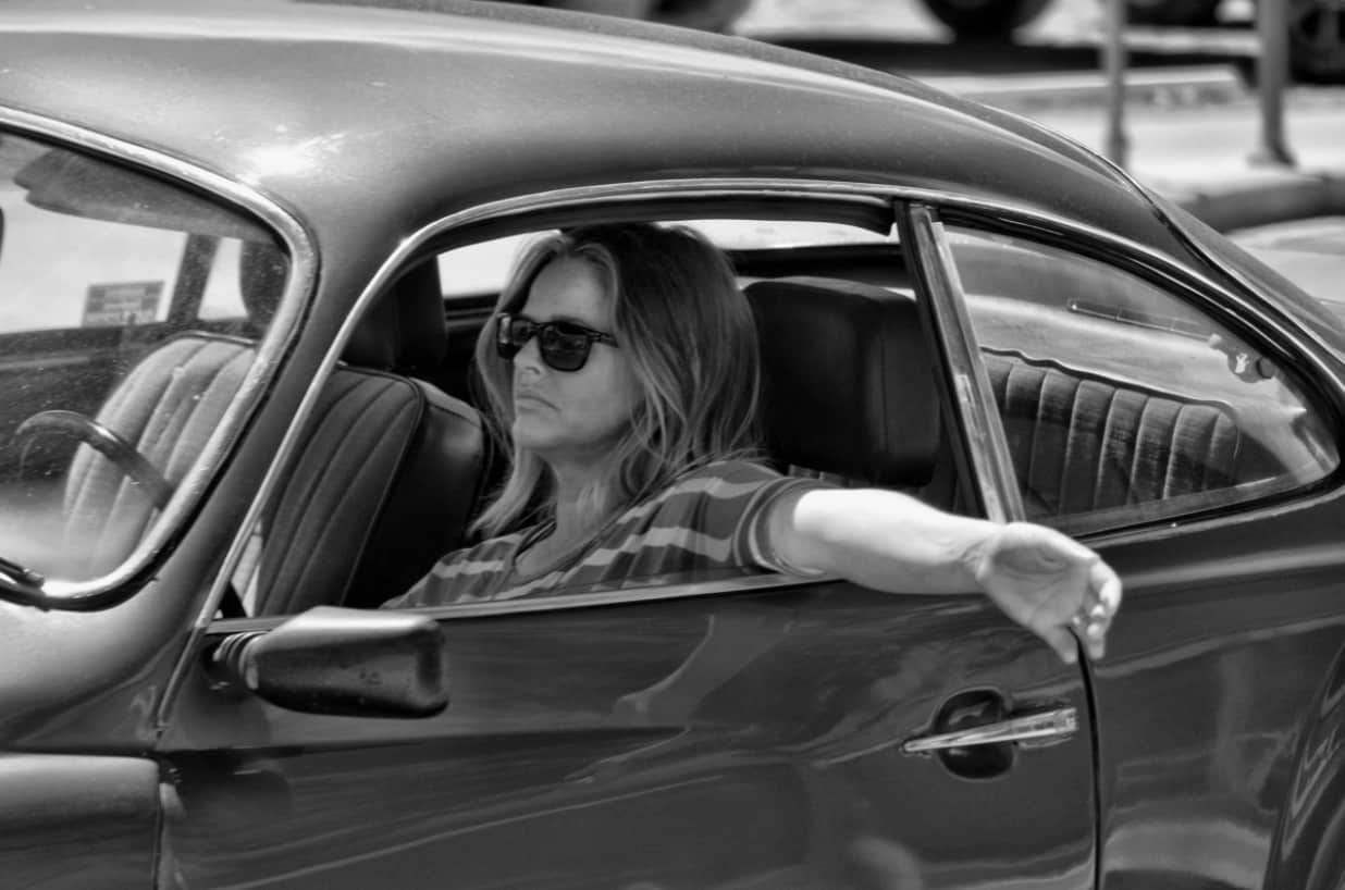 Si las mujeres conducen mejor que los hombres, ¿por qué no se les reconoce?