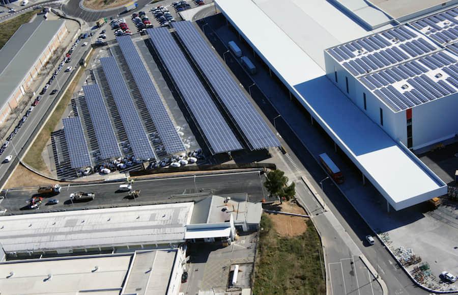 Esta planta de producción automotriz funciona con energía solar