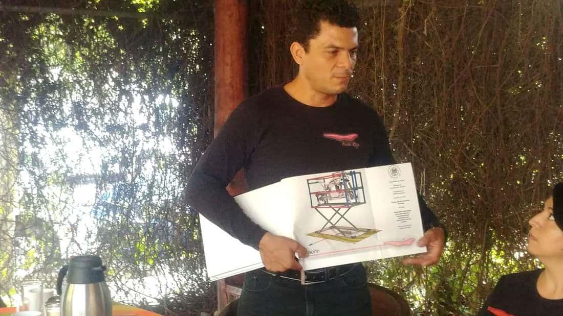 Mexicano competirá en concurso internacional de fabricación de motos