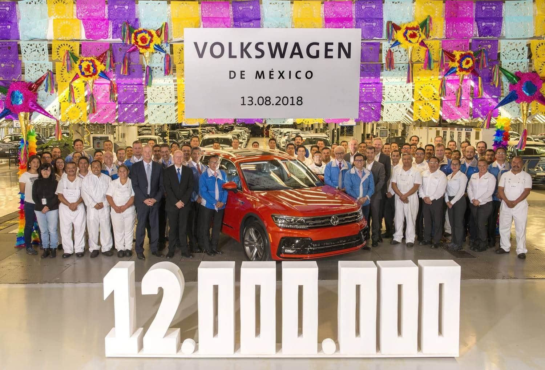 Volkswagen México celebra la producción de 12 millones de automóviles