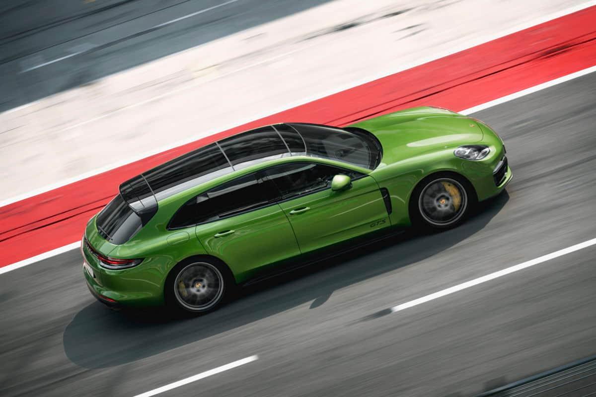 GTS y Sport Turismo se unen a la familia Porsche Panamera: V8 biturbo y 460 caballos de potencia