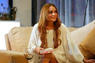 'La gravedad se está apoderando de mí': Lindsay Lohan aprende a aceptar su cuerpo