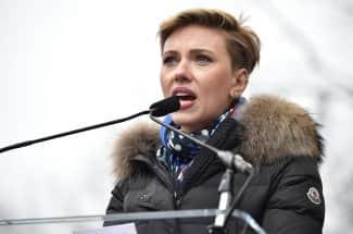 'Apoye a mi hija': El poderoso mensaje de Scarlett Johansson para Trump