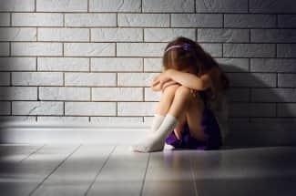 Niña de 9 años abusada por su padre lo graba porque nadie le creía