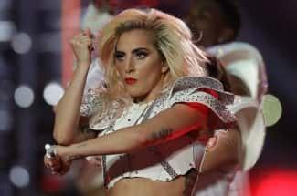 Lady Gaga, la historia de una guerrera de la música que superó una violación