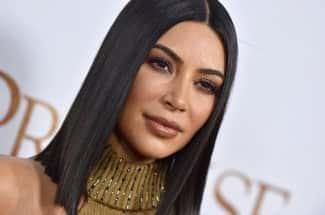 Kim Kardashian es fotografiada en bikini sin retoques ni Photoshop