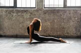Quema grasa haciendo yoga