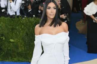 Kim Kardashian revela cómo la presión de la edad la llevó a casarse y divorciarse rápido