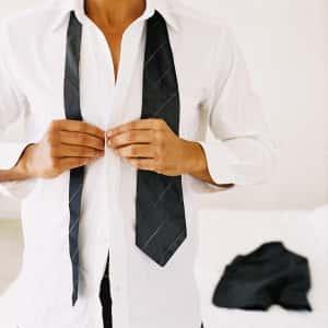 ¿No sabes qué tipo de camisa usar según tu cuerpo? Descúbrelo aquí