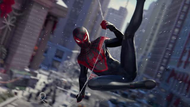 Spider-Man: Miles Morales - presentan un nuevo traje que luce como un conjunto deportivo