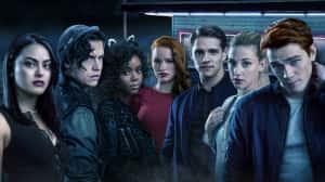 Riverdale Temporada 3: el trailer muestra a Archie en peligro y la familia de Betty como locos - Comic-Con 2018