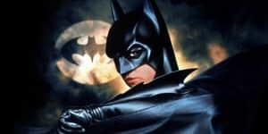 Crisis on Infinite Earths sí tendrá a un Batman