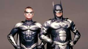 Batman: uno de sus gadgets más ridículos está inspirado en Iron Man