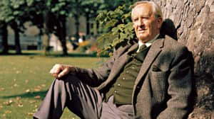 Tolkien y Disney: el autor odiaba al creador de Mickey Mouse