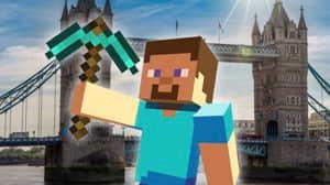 Minecraft Earth: Construyendo una casa en Tower Bridge (Londres)